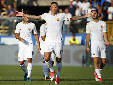 Serie A Roma register narrow win over Atlanta as Francesco Totti watches from stand
