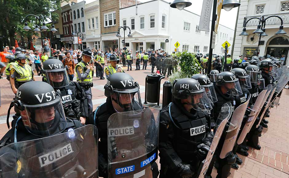 White nationalist rally at Charlottesville turns violent
