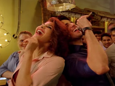 Sidharth Malhotra and Jacqueline Fernandez in the song, Chandralekha. Screen grab from YouTube.