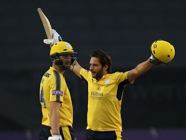 Natwest T20 Blast: Shahid Afridi's 43-ball ton powers Hampshire to semi-finals