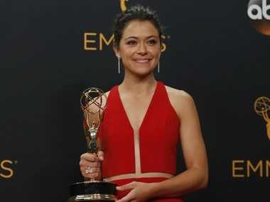 """Actress Tatiana Maslany poses backstage with her award for Outstanding Lead Actress In A Drama Series for the BBC's """"Orphan Black"""" at the 68th Primetime Emmy Awards in Los Angeles, California U.S., September 18, 2016. REUTERS/Mario Anzuoni - RTSOCNM"""