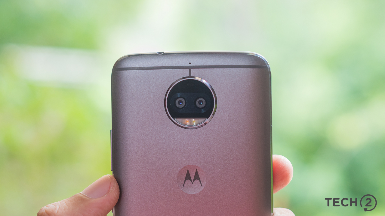 The dual-camera setup on the Moto G5s Plus