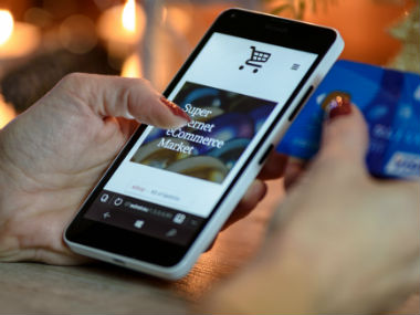 Ecommerce Cloud Why startups must innovate online storefronts to woo shoppers