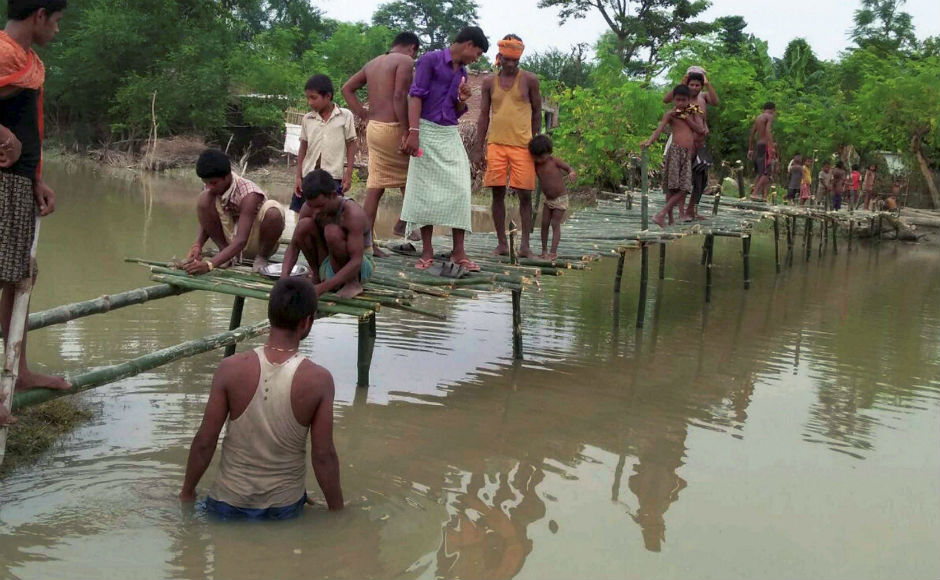 Bihar floods: Nitish Kumar visits relief camps to review situation as death toll rises to 341