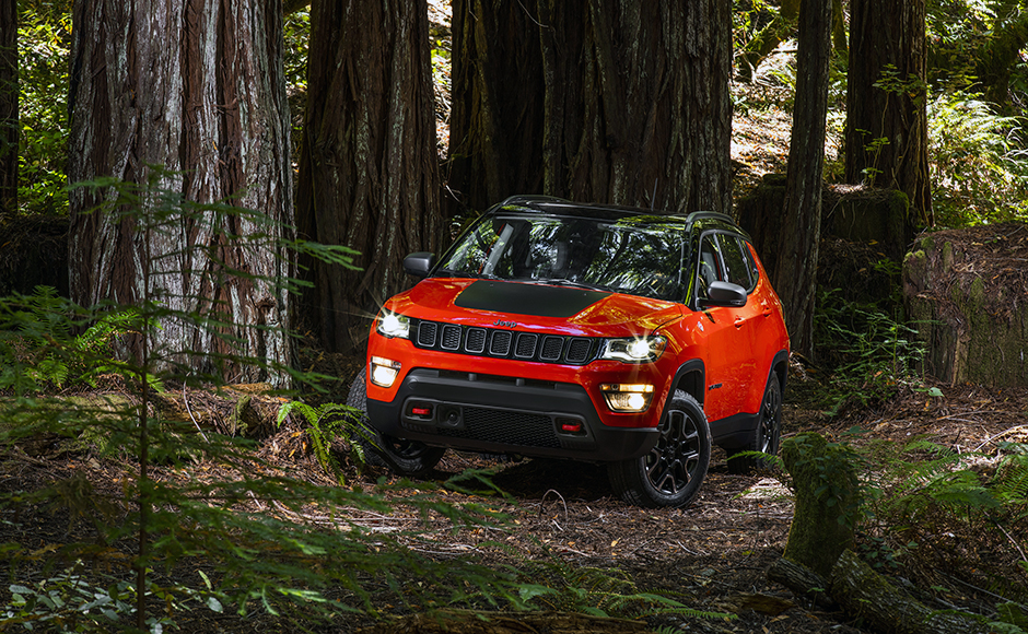 Fiat Chrysler Automobiles launches the Jeep Compass in India with prices starting at Rs. 14.95 lakh