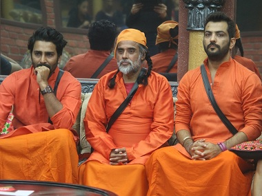 Swami Om (centre) on the sets of Bigg Boss. File Photo