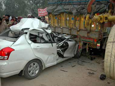 Delhi govt to bear treatment cost of victims of road accidents, acid attacks in private hospitals
