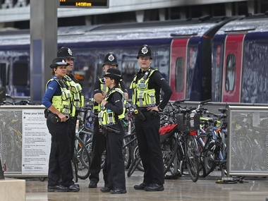London tube attack British police arrests 17yearold suspect in Thornton Heath