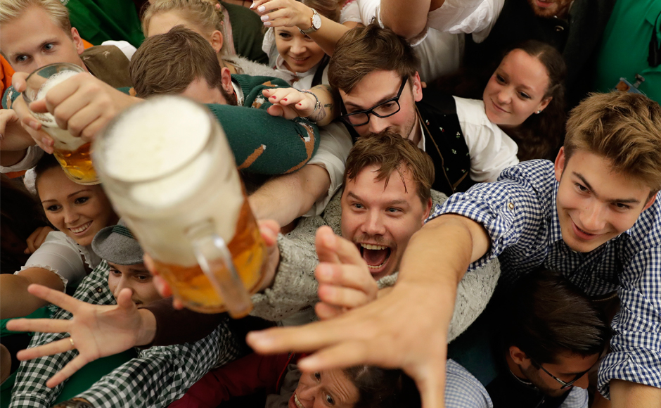 Beer flows in you: 184th edition of world's largest beer festival Oktoberfest opens in Munich
