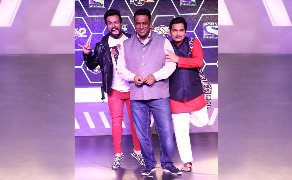 Super Dancer Chapter 2 will be hosted by Rithvik Dhanjani and Paritosh Tripathi.