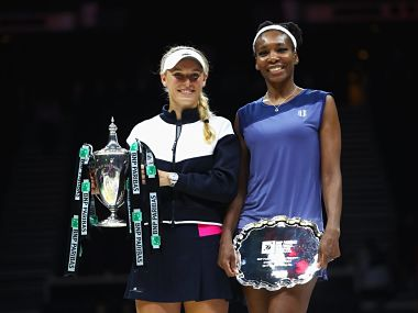 WTA Finals Caroline Wozniacki beats Venus Williams for first time in eight attempts to claim maiden title