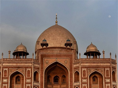 UP Shia board asks Narendra Modi to remove Humayun tomb from national heritage list