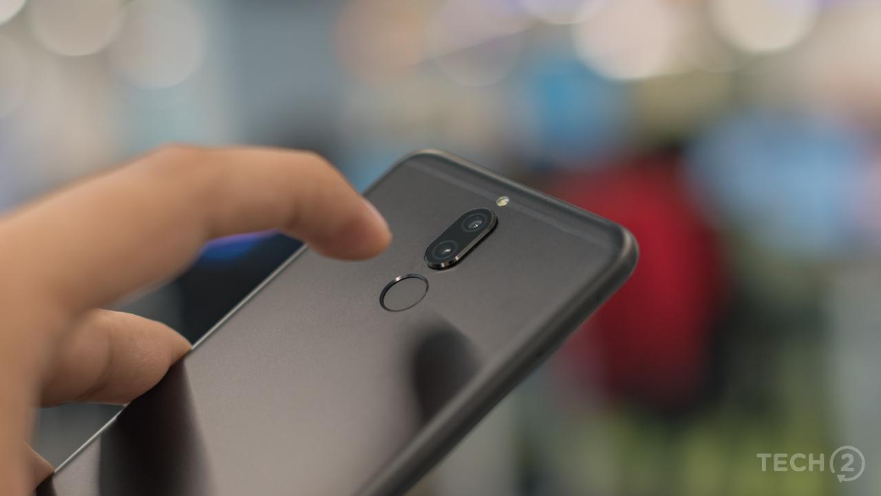 The fingerprint reader sits at the back.