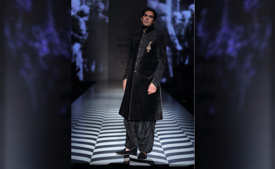 Punjab: A humble tribute to Vallaya's labels' roots, with this years collection being inspired by the court dressing of the Maharajas of Kapurthala.