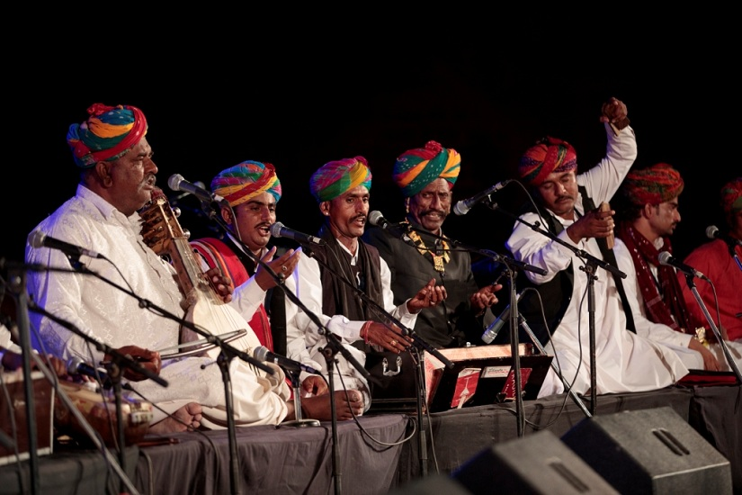 Master musicians from different parts of Rajasthan perform on the Main Stage at Jodhpur RIFF. Photo courtesy Jodhpur RIFF/OIJO
