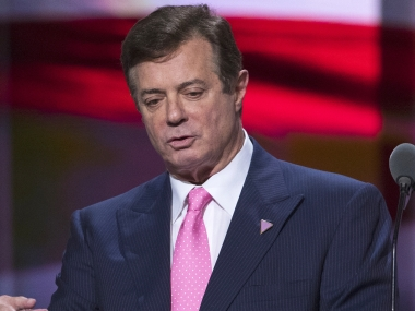 ExDonald Trump aide Paul Manaforts cooperation with US prosecutors could energise Robert Mueller probe say legal experts