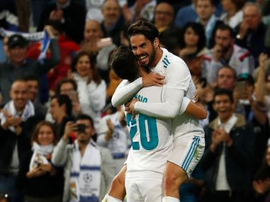La Liga Real Madrid defeat Eibar to maintain pressure on Barcelona Kevin Gameiro helps Atletico win