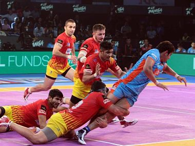 Pro Kabaddi League 2017 Pardeep Narwal propels Patna Pirates into 2nd qualifier Gujarat Fortunegiants continue dream run
