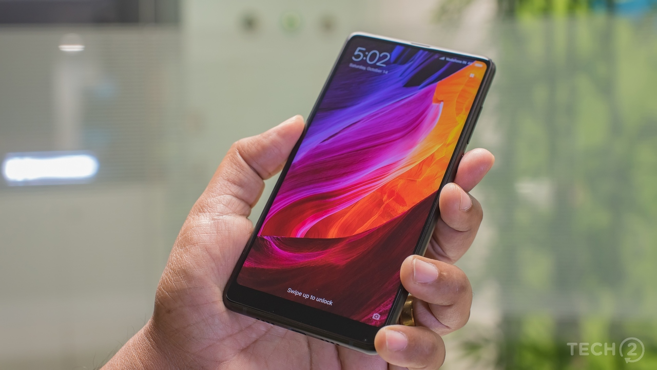 It looks and feels better than the OnePlus 5 at Rs 35,999. Image: tech2/Rehan Hooda