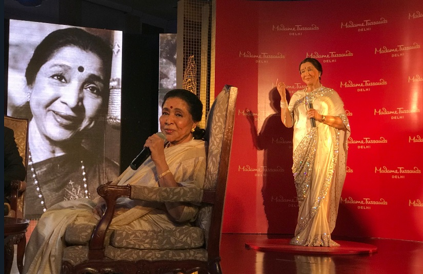 Asha Bhosle in a triple role. Image from Twitter/New18 Lifestyle.