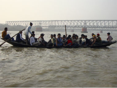 Uttar Pradesh Six dead after boat capsizes in Saryu river