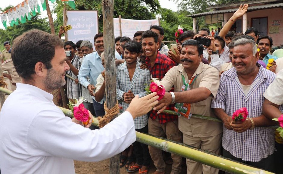 Rahul Gandhi meets tribal students, skilled workers on last day of campaign in Gujarat