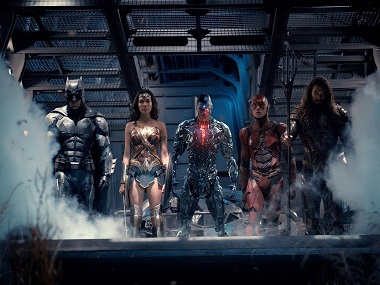 Watch: In final trailer for DC's Justice League, Superman makes an appearance