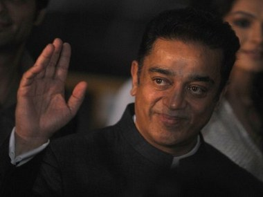 Kamal Haasan discusses welfare activities with fans amid indications of entering politics