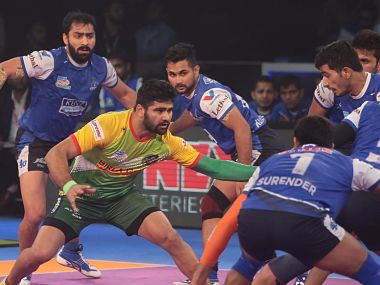 Pro Kabaddi League 2017 Pardeep Narwals record score helps Patna Pirates set up clash against Puneri Paltan