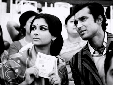 Seemabaddha: Satyajit Ray's indictment of the corporate rat race, and what it makes of us