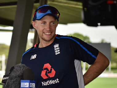 England cricket captain Joe Root speaks to the media after a training session in Townsville on November 14, 2017. England will play a Cricket Australia XI in Townsville ahead of their first Ashes Test. / AFP PHOTO / PETER PARKS / -- IMAGE RESTRICTED TO EDITORIAL USE - STRICTLY NO COMMERCIAL USE --