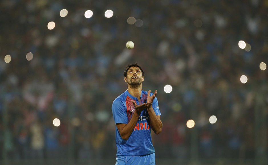 India thrash New Zealand in 1st T20I as Ashish Nehra calls time on his career