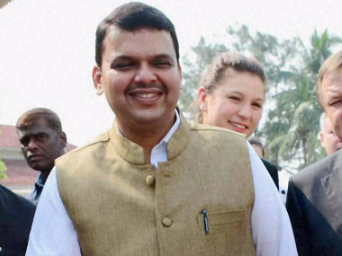 Devendra Fadnavis apologises to barbers' community for comment, says intention was not to 'hurt sentiments'