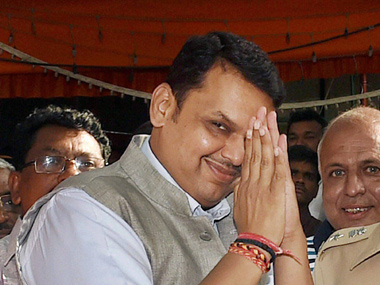 Maratha quota stir Devendra Fadnavis says community members should approach govt for talks not resort to violence