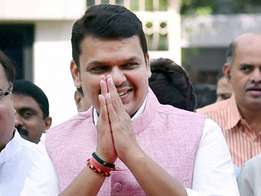 Speech-impaired man rushes towards Devendra Fadnavis with job plea, detained