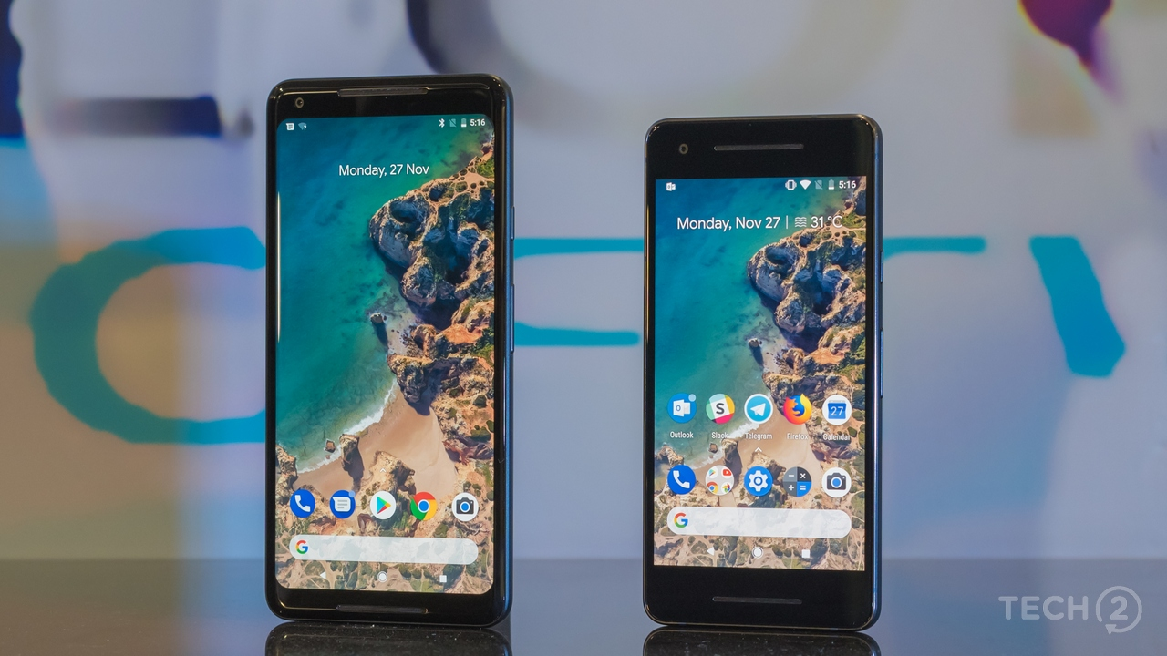 The Pixel 2 XL's display is bigger, but certainly not better than the Pixel 2. Image: tech2/Rehan Hooda