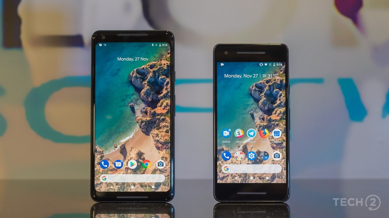 A size comparison of the Pixel 2 and the Pixel 2 XL. Image: tech2/Rehan Hooda