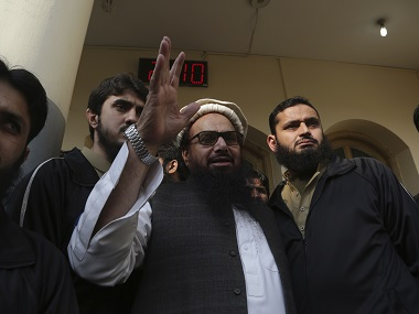 Hafiz Saeed serves Rs 100 million defamation notice to Pakistan defence minister Khurram Dastgir