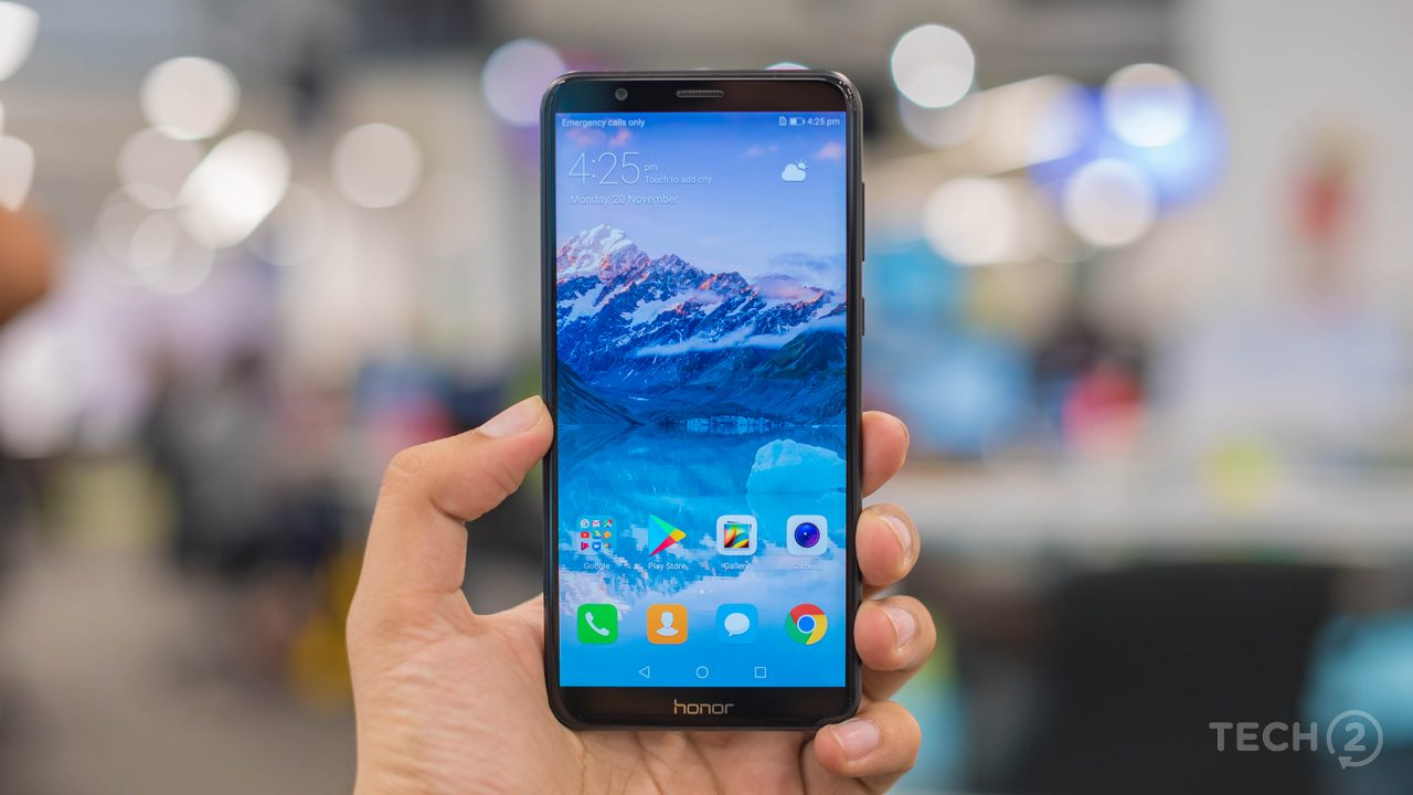 The Honor 7X looks almost identical to its sibling, the Honor 9i. Image: tech2/Rehan Hooda