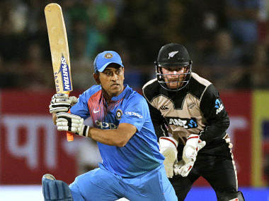 India vs New Zealand: Indian team management must brief MS Dhoni about his role, says Virender Sehwag