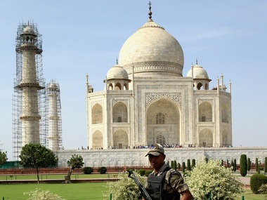 Uttar Pradesh govt tells Supreme Court it is 'fully committed' to protect areas around Taj Mahal