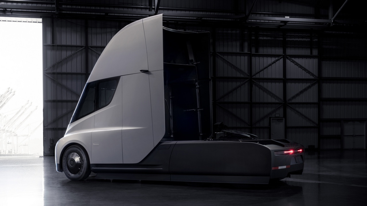 The Tesla Semi will deliver a far better experience for truck drivers, while increasing safety and significantly reducing the cost of cargo transport.