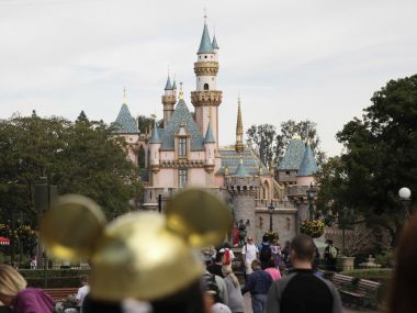 Disney ends ban on Los Angeles Times after swift backlash from media outlets, film critics