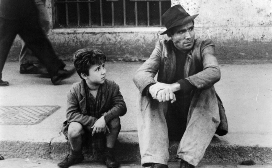 The 1948 Italian film directed by Vittorio De Sica, which is about a man searching for his stolen bike with his son, is a must-watch. Image from Twitter/@ryanmoonisbad