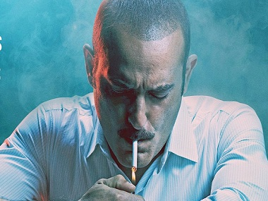 Ittefaq posters showing Akshaye Kumar smoking taken down after health department issues notice