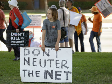 Trump administration backs FCC ruling on net neutrality repeal; but adds that it also supports free and fair internet