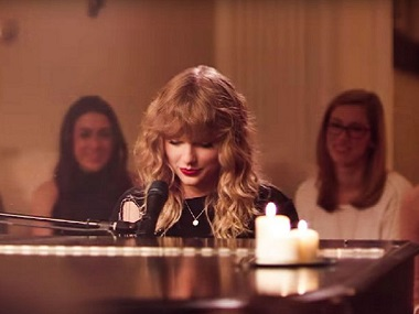 New Year's Day: Old Taylor Swift strikes back with this sweet, intimate song from her album Reputation