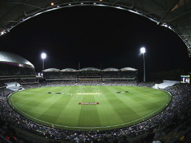 Ashes 2017: Fans swarm in with anticipation as Adelaide gears up for historic day-night encounter