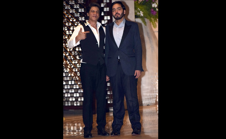 London mayor Sadiq Khan meets Shah Rukh Khan, Alia Bhatt at Ambani residence