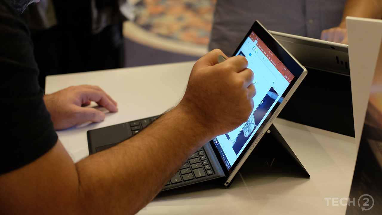 Both devices fully support Windows Ink. Image: tech2/Anirudh Regidi